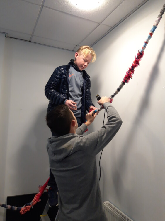 installing rope boys